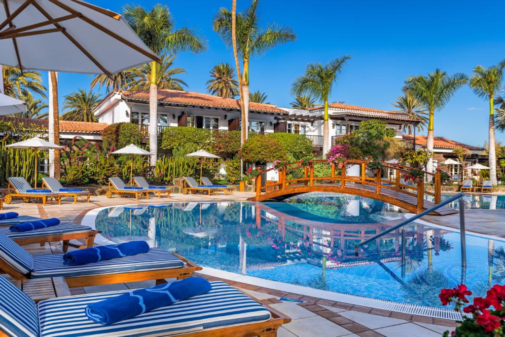Seaside Grand Hotel Residencia pool