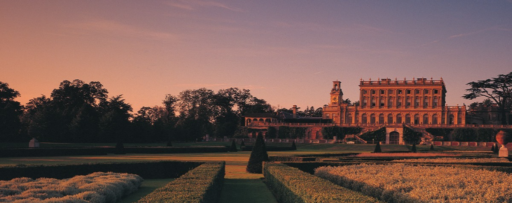 Cliveden House (one of our members' favourite boutique hotels in the UK) and it's grounds at sunset