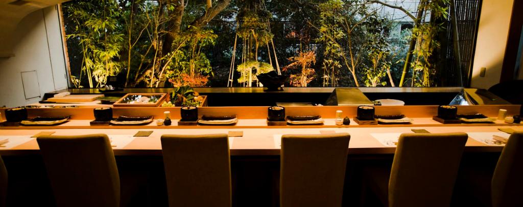 A table at Tempura Uchitsu, Hong Kong