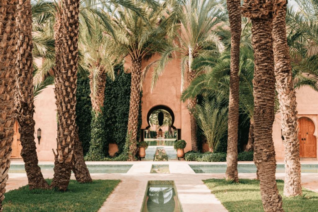 Amanjena resort walkway